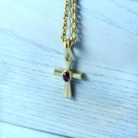 Золотой православный крест без Распятия с гранатом